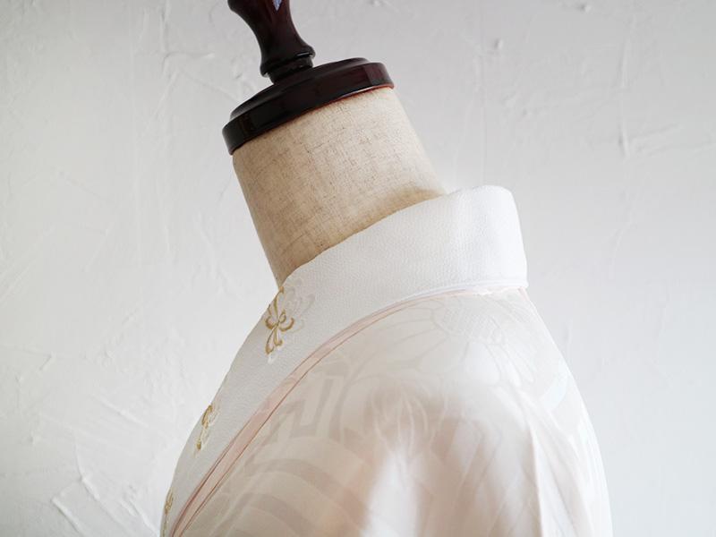 長襦袢・衣紋詰めすぎ